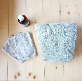 Remplacez les couches jetables par des couches lavables simplement.