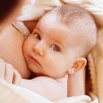 L'allaitement de bébé sain et naturel